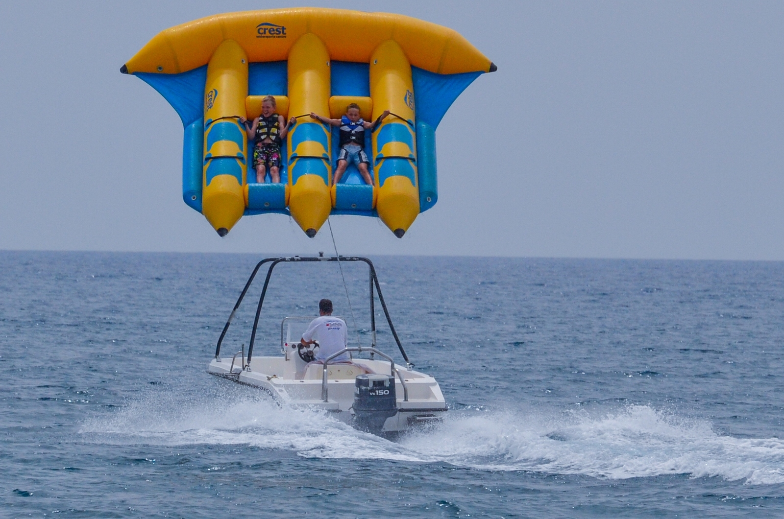 Flying fish water sport - photo#2